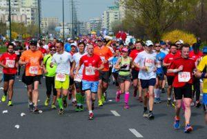 Na zdjęciu widać uczestników maratonu Warszawskiego